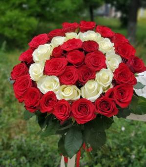 """Букет роз """"кольцо любви"""""""