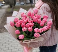 Букет из 31 бахромчатого тюльпана